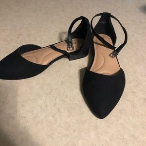 NWOT Torrid Flats with Strap SIZE 10 WIDE WIDTH